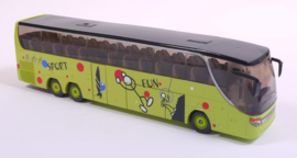 S03729X Tourbus