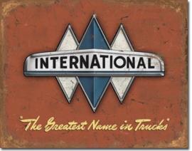 MP1675 International truck logo