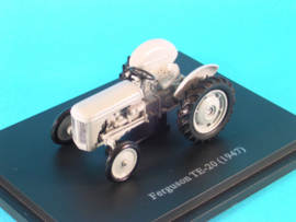 HG93002 Ferguson TE 20 - 1947