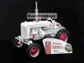B11C361 Farmall Super A demonstrator 1:12