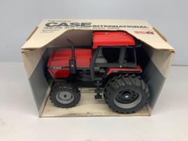 E00601 CIH 3294  Tractor