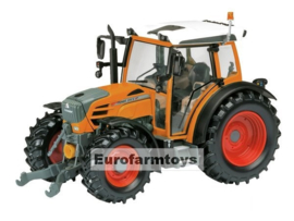 O07643 Fendt Favorit 211 oranje