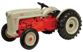 E13745 Ford 650 Tractor