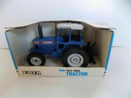 B00881 Ford TW-5 FWDA