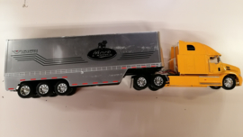 NAU1279NB Mack Vison Truck Custom