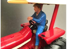 ADF32140 Erik driving, looking forward