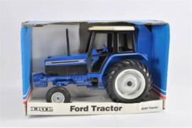 E00877 Ford 8240