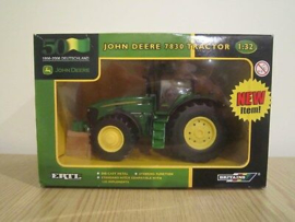 B42349 John Deere 7830