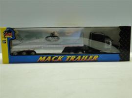 NFL12043 Mack Vision Trailer