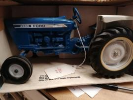 E00805 Ford 4600 B90%