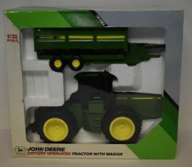 B05624 JD 8960 + Wagon - Battery Operated