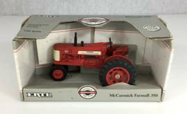 B04616 McCormick Farmall 350