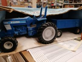 E00821B 80% Ford 7710 + Wagon