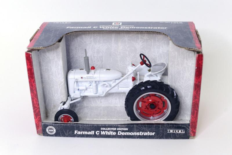 E04312 CIH Farmall C