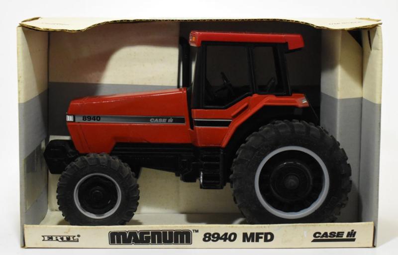 E04374 CIH Magnum 8940 MFD