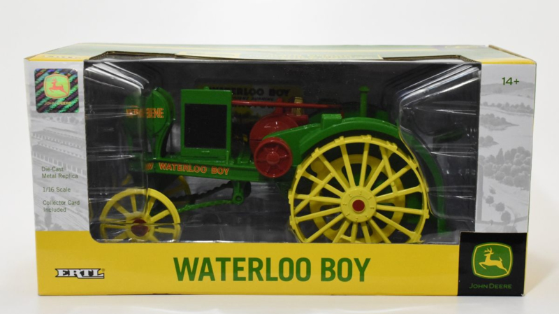 B45485  JD Waterloo Boy