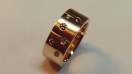Ring uit eigen goud