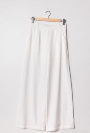Gekleede witte broek
