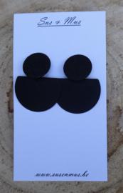 Hangoorbellen zwart glitterplaatje met halve ronde