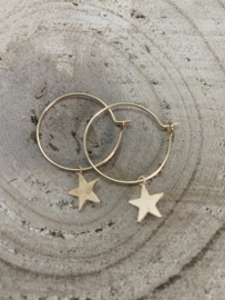 Ringetje met sterretje goud