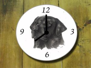 Klok Zwarte Labrador