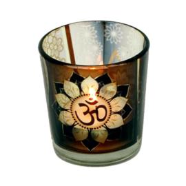 Waxinehouder glas met het krachtige Ohm teken.