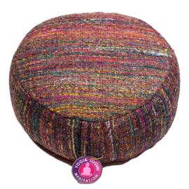 Meditatiekussen van ruwe zijde in diverse  kleurtjes.