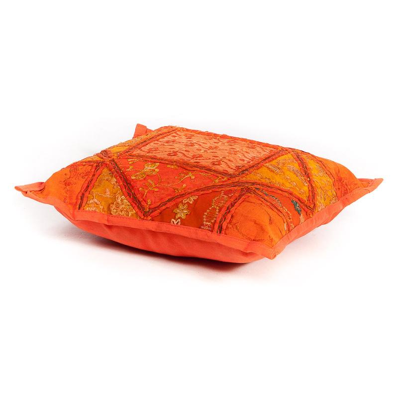 Patchwork sierkussen oranje tinten uit India