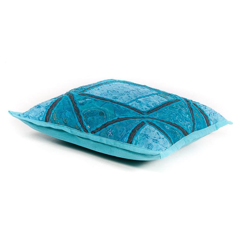 Patchwork sierkussen blauw tinten uit India