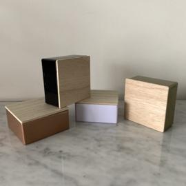 Metalen doosje met houten deksel - vierkant