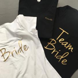 Outfits voor een vrijgezellenfeest (vrije keuze van het ontwerp)