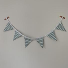 Kant en klare mini-vlaggenlijn met 6 vlagjes - Fijne ruit ijsblauw - wit lint