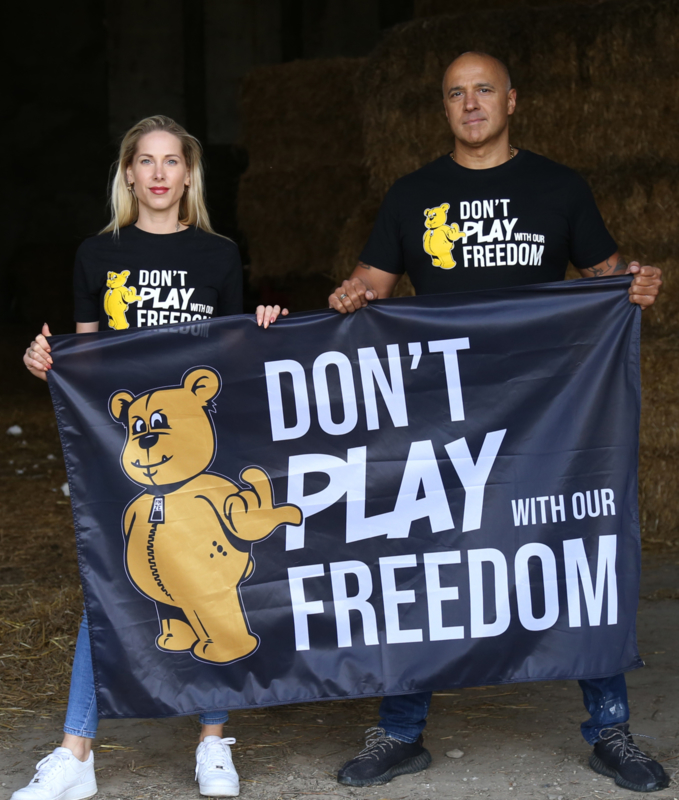 T-shirt DON'T PLAY WITH OUR FREEDOM - LIMITED