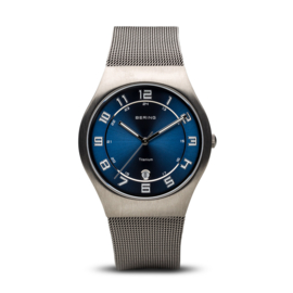 Bering horloge classic brused grey blue 11937-078