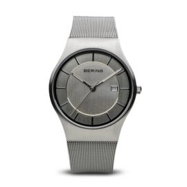 Bering horloge classic brushed Grijs 11938-000