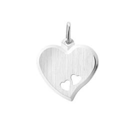 Zilveren graveerhart met gestanste hartjes