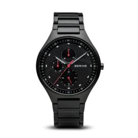 Bering horloge classic brushed titanium zwart 11741-772