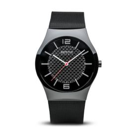 Bering horloge ceramic Zwart rood 32039-449