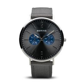 Bering horloge classic polished zilver zwart/blauw 14240-803