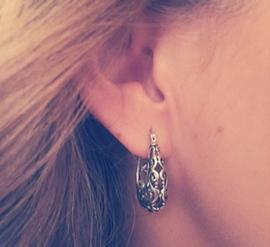 Zilveren oorringen filligrain