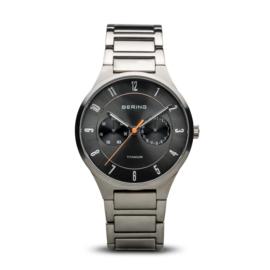 Bering horloge classic brushed titanium Grijs oranje 11539-779