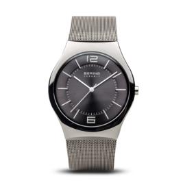Bering horloge ceramic Zwart 32039-309