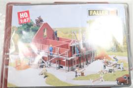 Faller B-309 huis in aanbouw