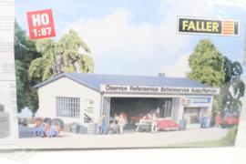 Faller B-946 service station