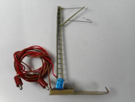 Marklin 7010 Mast met aansluitdraden M rails