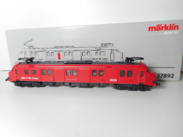 Märklin 37892 Motorwagen MP3030 NS cargo FX sound