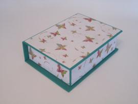 groen met vlinder papier