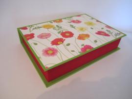 rood/groen met klaprozen papier