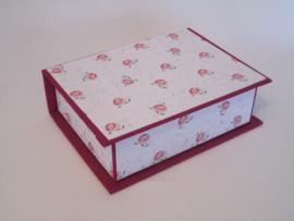 roze met bloemen papier