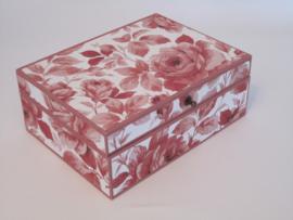 oud roze met rozen papier